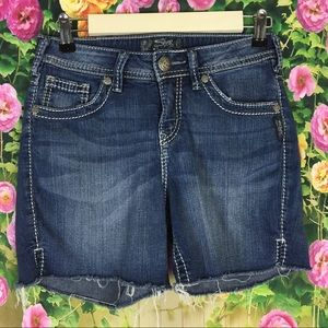 Silver Natauki Short Jean Shorts Size W26